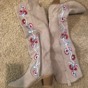 Tab shade over the knee boots